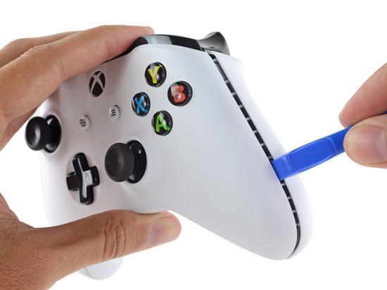 Xbox One S拆解:易于维修的照片 - 40