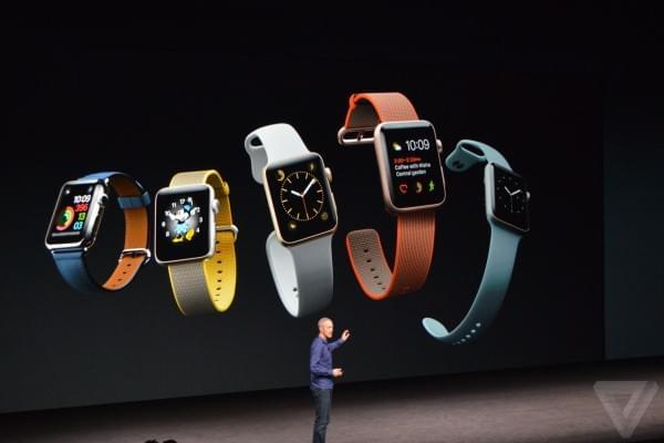 苹果发布Apple Watch SERIES 2 可实现50米防水的照片 - 3