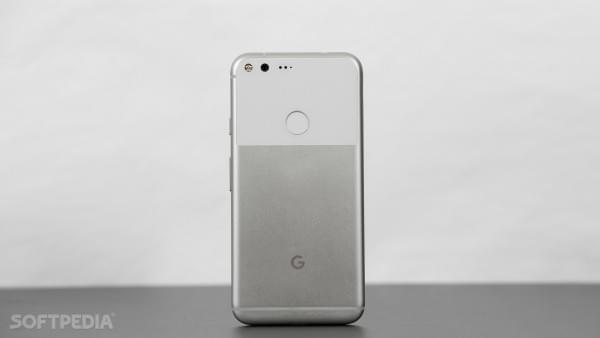 Google即将停止生产Pixel/Pixel XL手机 官方否认的照片 - 2