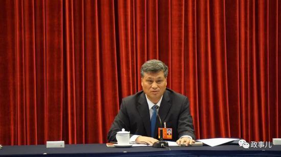 """另外,施克辉和林少春分别回答了""""监察委""""和""""区域发展""""的问题。"""