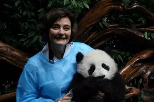 特朗普夫人动物园看熊猫 国宝见过哪些元首夫人?