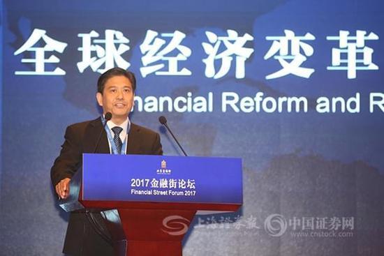 证监会主席助理张慎峰:保持新股发行常态化 全面完善再融资制度