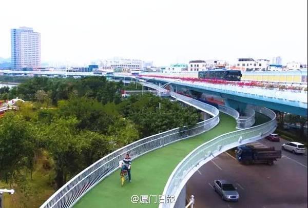 全国首条空中自行车道建成 全长7.6公里的照片 - 1