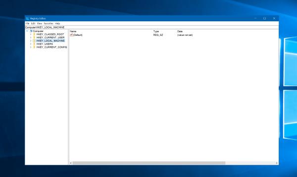 Windows 10新版14942首次为注册表加入地址栏:可粘贴定位的照片