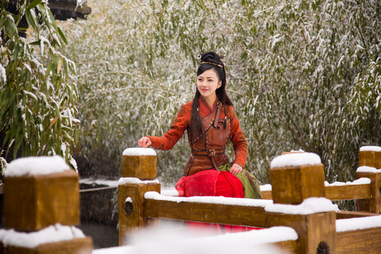 《保龙一族》即将上映,看陆恩馨女侠反套路救援