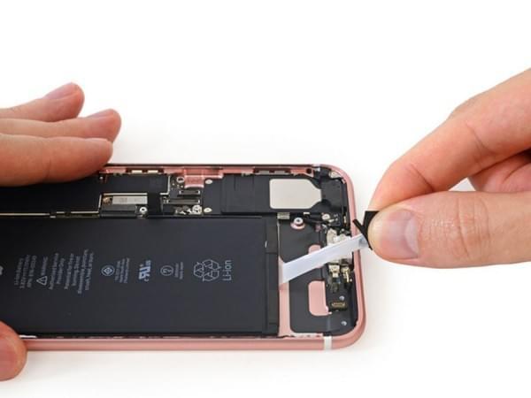 iPhone 7 Plus拆解:2900mAh容量电池的照片 - 16
