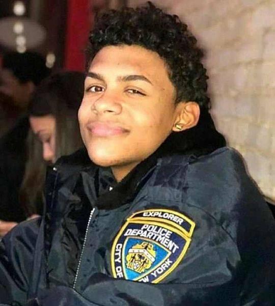 美15岁少年便利店外被砍店员拒绝救助 凶手:认错人