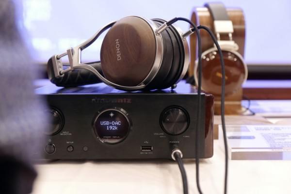 天龙旗舰耳机D7200实拍 采用实木外壳的照片 - 8