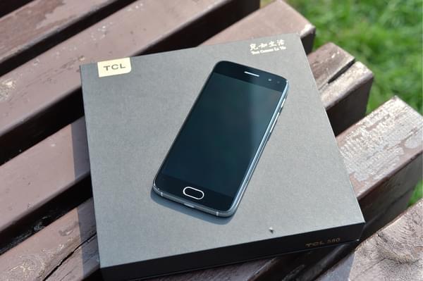 TCL 580图赏:精致优雅的轻商务手机的照片 - 4
