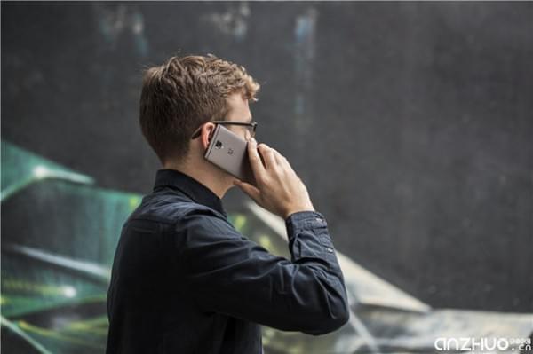 硬件提升明显:国行一加手机3T发布 售价2699元起的照片 - 5