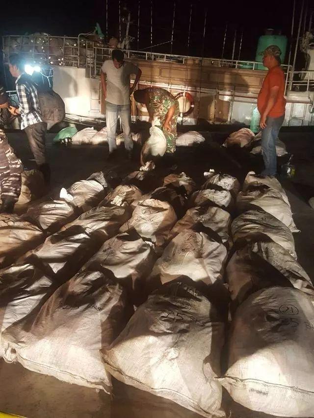 台湾渔船在印尼遭查获1000公斤毒品 4名船员被捕
