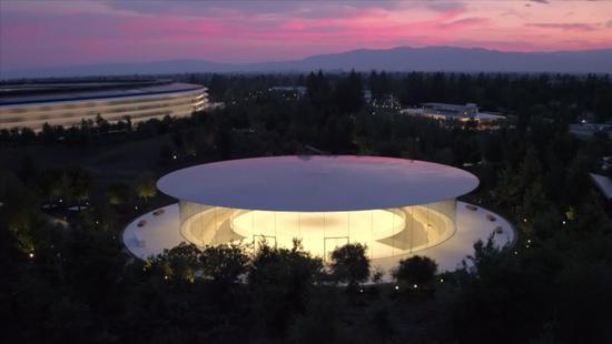 苹果股东大会都说了什么:库克要在内部找接班人