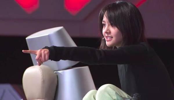 郑爽送节日祝福疑回应发飙事件:我就是这样