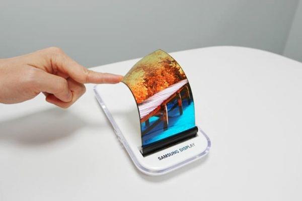 三星LG计划为柔性OLED面板引入ALD薄膜封装工艺的照片