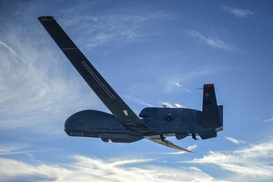 美国全球鹰无人机在俄边境附近飞行11小时