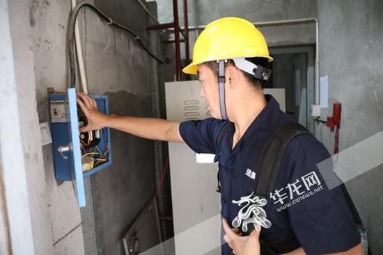重庆能源职业学院发挥专业优势积极为电梯安全保驾护航
