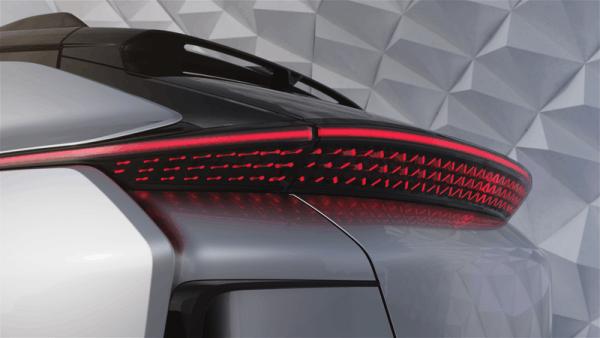 法拉第发量产汽车FF91 贾跃亭称能代替所有车型的照片 - 11