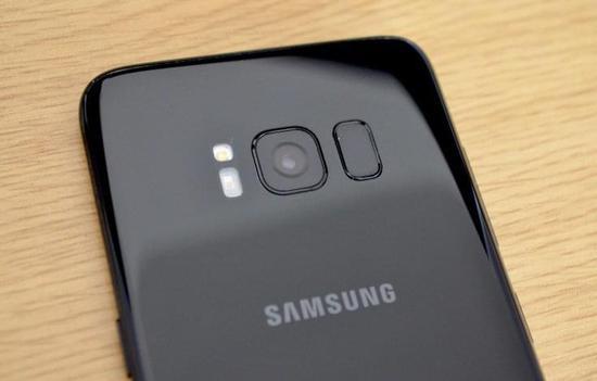 2018年高端手机趋势猜想:256G存储将成标配