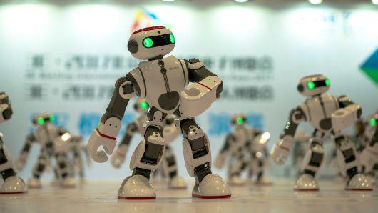 美媒:中国为何要投入巨资打造机器人刺激经济?