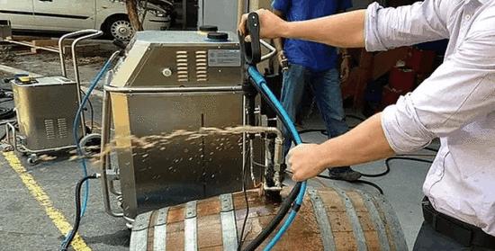 酿酒时葡萄都不洗?卫生真的没问题吗