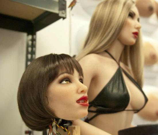 性爱机器人时代来临:机器可代替真人性工作者