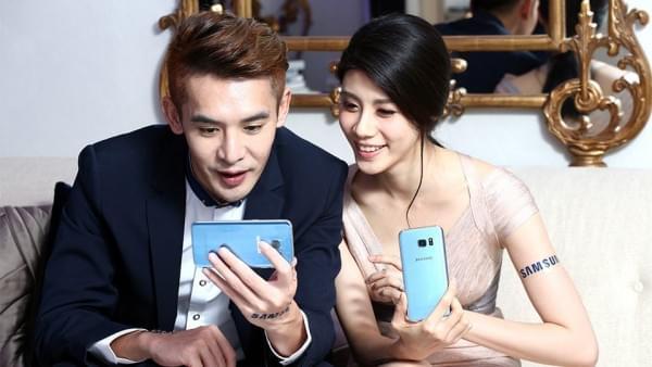 珊瑚蓝限定版Galaxy S7 Edge本周开始发售的照片 - 4