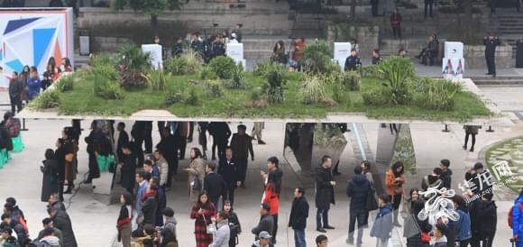 """给生活来点""""创意风暴"""" 去两江新区打开""""国际艺术轴"""""""