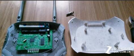 教你怎么拆解路由器,看看里面都有什么