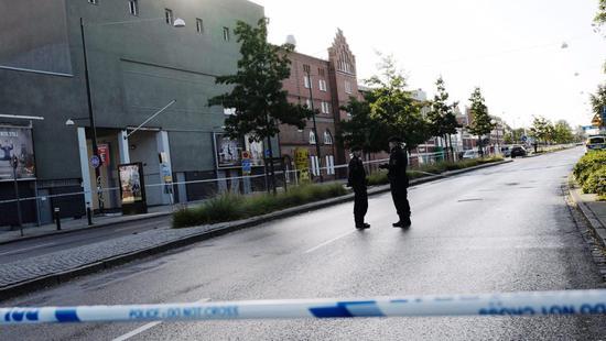 瑞典马尔默发生枪击事件3人伤 嫌犯曾射击房顶4次