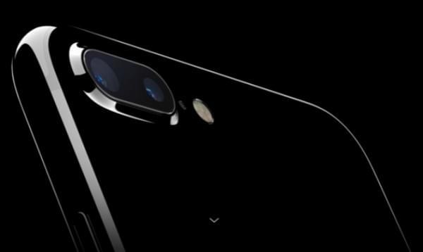 iPhone即使搭上了双摄 也不会做双卡双待的照片 - 1