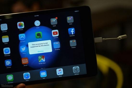 疑似iPhone 7耳机转接线曝光:只支持iOS 10的照片 - 4