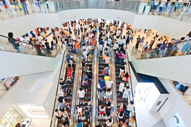 十一黄金周赴港内地旅客超138万 业者:受惠于高铁