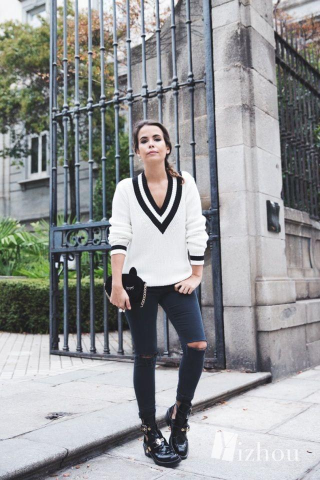 Varsity_Jersey-Black_Jeans-Balenciaga_Cut_Out_Boots-Black_Jeans-Cat_Bag-Outfit-Street_Style-34