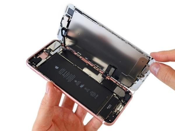 iPhone 7 Plus拆解:2900mAh容量电池的照片 - 10