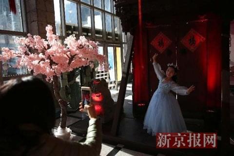 去朝阳区文化馆体验传统庙会