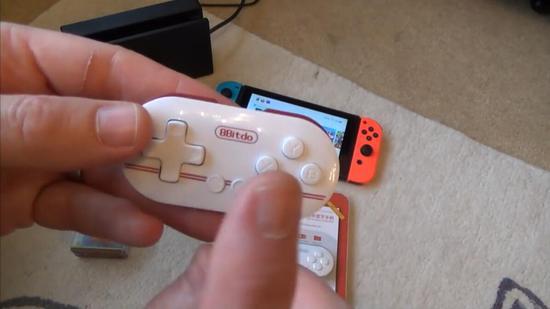 可塞入钱包的任天堂Switch手柄:续航长达20小时