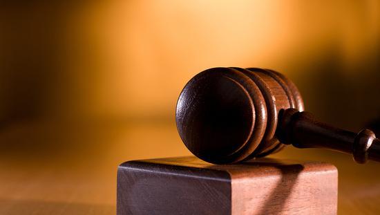 三次临时取消开庭被指折腾律师 上海金山法院回应
