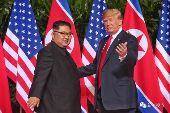 金正恩和特朗普终于见面 首次会晤都说了啥?