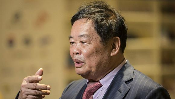 曹德旺说中国减税太慢 财政部官员当场回应