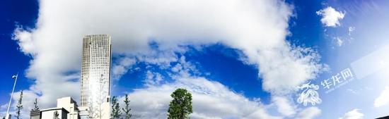 降雨后蓝天白云刷爆朋友圈 重庆美翻了!