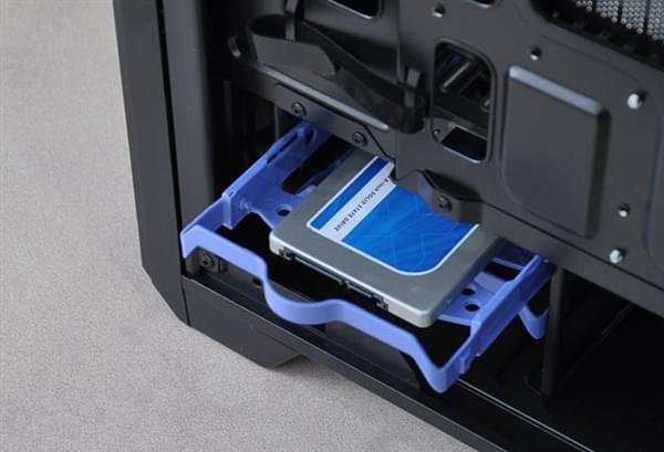 软件比硬件更加难搞?盘点SSD固件惹过的祸的照片 - 1