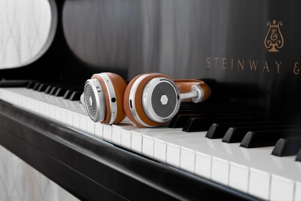 Master & Dynamic新款MW50头戴式无线耳机售449美元的照片 - 1