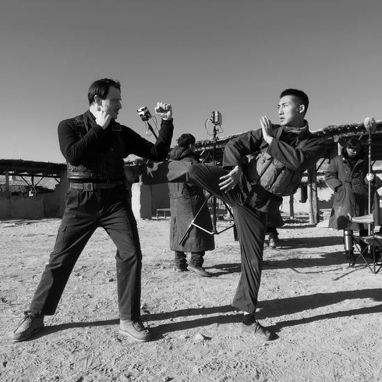 电影《西夏阻击》知名动作演员舒毅上演精彩打斗