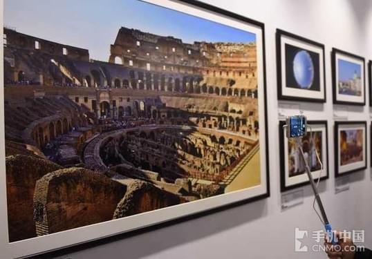 新华社《逐梦丝路》亮相北京国际摄影周