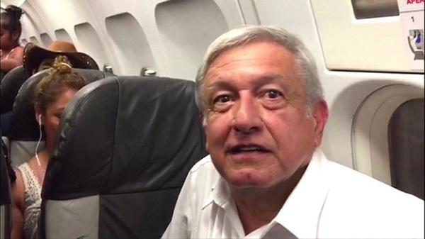 墨西哥总统乘民航延误近4小时仍卖专机:穷国要节流