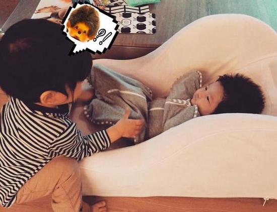 隋棠分享儿子和女儿照片