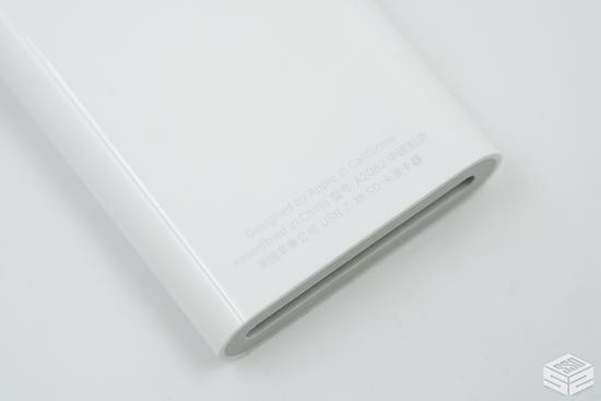苹果最新329元的USB-C转SD卡读卡器开箱