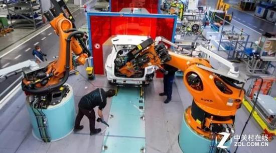 库卡将与美的协作进军小我私家机器人市场