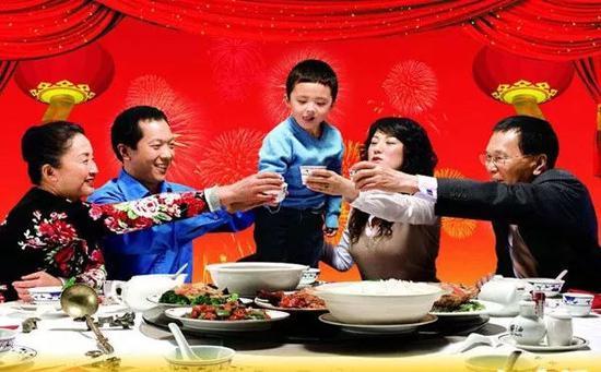 孩子懂些餐桌礼仪 春节拜年有面子