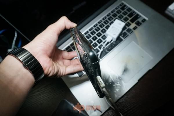 国行Note7第四起事故用户采访实录:剧烈燃烧事故的照片 - 8